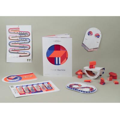 Papier Machine, le livre-jouet de Marion Pinaffo & Raphaël Pluvinage qui explique comment fonctionne nos appareil électroniques